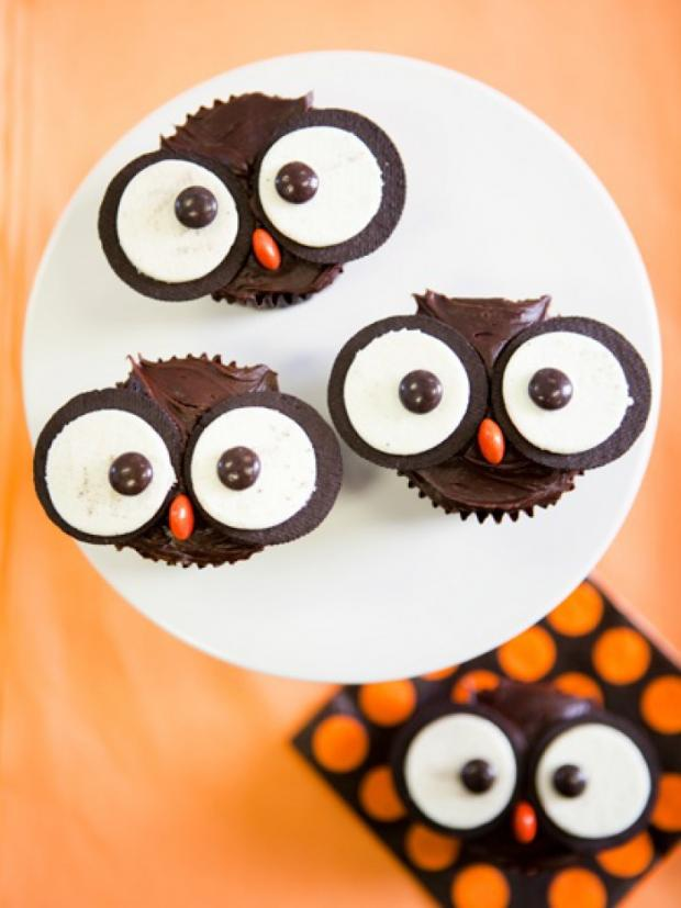 halloween_cupcakes_beautifullife_08_1414355845
