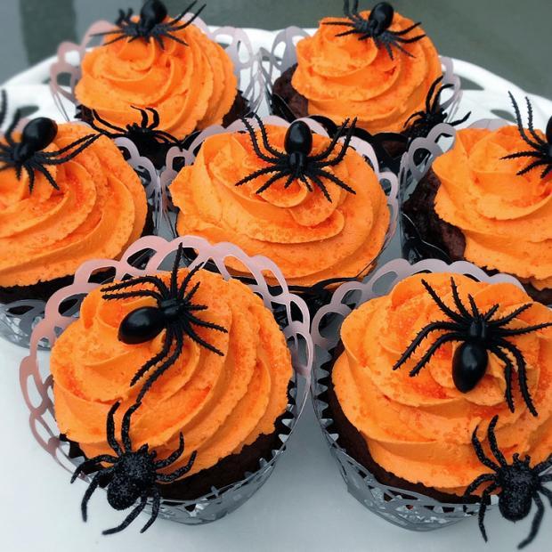 halloween_cupcakes_beautifullife_10_1414355847