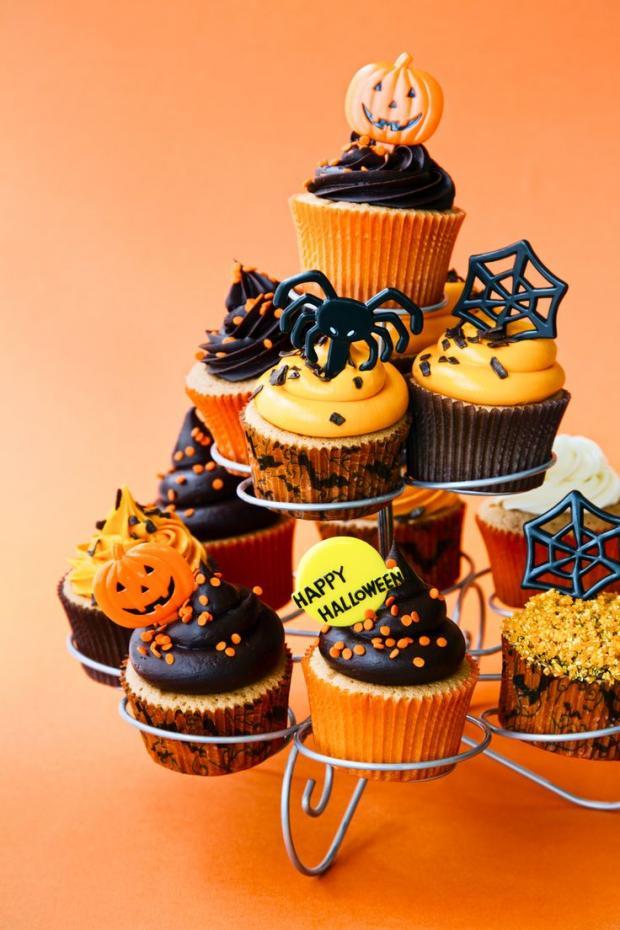 halloween_cupcakes_beautifullife_15_1414355849